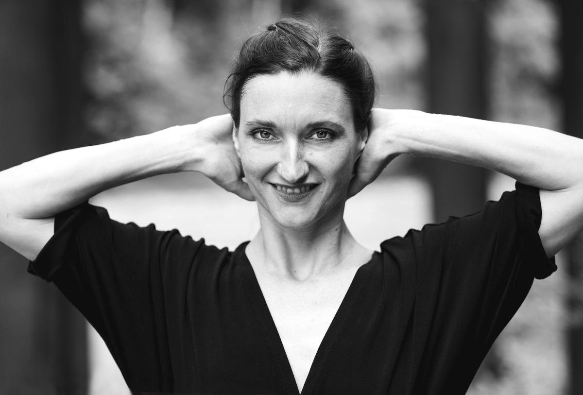 Manasvini K. Eberl - Choreographer, Yoga Instructor - Tasting water project