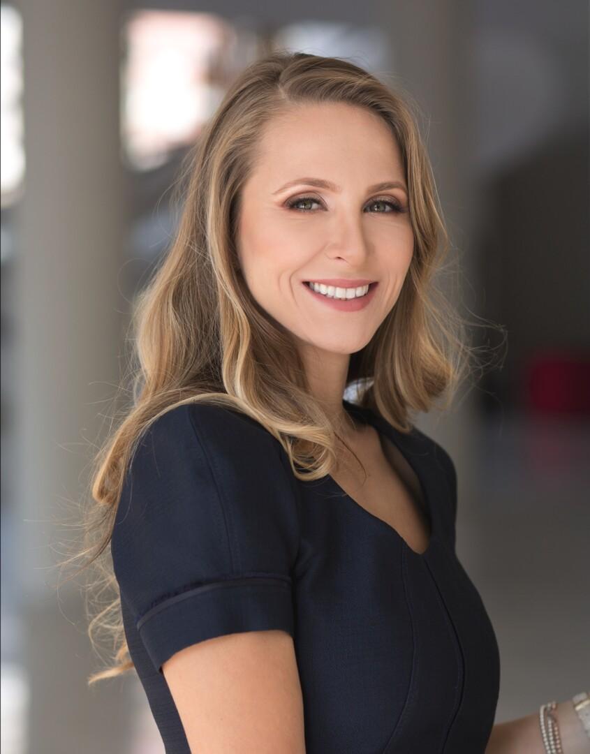 Sorana Pascariu - Human Potential Expert and Coach